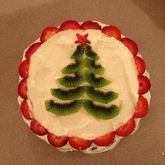 Cake Decorated With Pavlovas