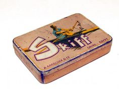 A 1930 German tin with a single skiff rower in full movement, not knowledge of maker , location or Factory, in my Collection