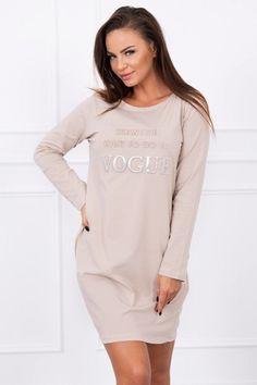Dámske športové šaty VOGUE béžové Vogue, Dresses, Fashion, Vestidos, Moda, Fasion, Dress, Gowns, Trendy Fashion