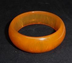 Translucent Domed Golden Bakelite Bangle Bracelet