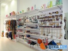 Happy & Funny, tienda de complementos y bisuteria a precio anticrisis único - Dénia.com Restaurant Floor Plan, Fancy Store, Jewelry Store Displays, Jewellery Shop Design, Boutique Interior Design, Counter Design, Interior Work, Store Interiors, Pet Store
