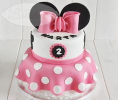 #Tartas #Minnie #Cumpleaños - Fondant Birthday Minnie Cakes Minnie Mouse Car, Minnie Mouse Cookies, Minnie Cake, Mouse Cake, Cupcake Birthday Cake, Baby 1st Birthday, Birthday Parties, Teen Cakes, Girl Cakes