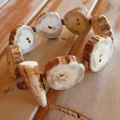 Axis deer antler bracelet by MakamaeOMolokai on Etsy Deer Antler Jewelry, King Kamehameha, Antler Crafts, Deer Horns, Carving, Sheds, Men's Style, Epoxy, Jewelry Ideas