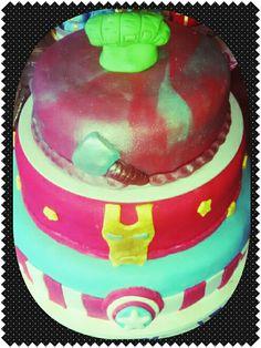 Vingadores bolo