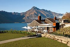 Stunning mountain views at the Matakauri Lodge in Queenstown, New Zealand