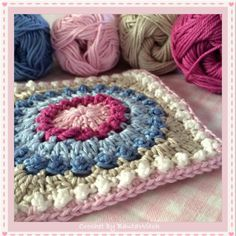Crochet-Circle-of-Friends-by-BautaWitch ~ photo tutorial