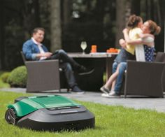Robomow Acre Dual Blades Alexa Ready Cut Large Yard Robot Lawn Mower New No Mow Grass, Self Propelled Mower, Types Of Grass, Garden Power Tools, Thing 1, Cool Technology, Technology Meme, Gaming Headset, Digital Trends