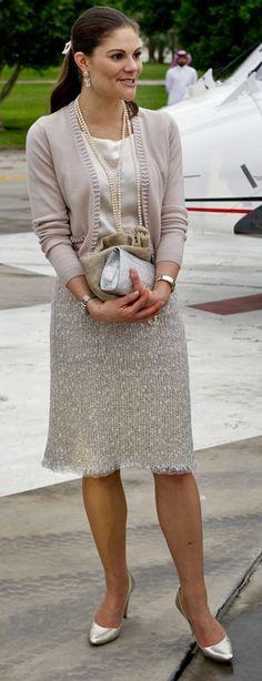prinsessan victoria dräkt - Sök på Google Vackra koftor bra skurna.