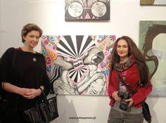 Magdalena Wożniak - redaktor naczelna Art Imperium i ja przy moim obrazie :)