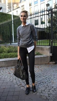 How To Wear Brogues Outfits Street Styles Ideas For 2019 Oxfords Womens Outfits, High Top Converse Outfits, Black Brogues Outfit, Oxford Outfit, Ladies Brogues, How To Wear Flannels, Casual Work Outfits, Black Outfits, Work Attire