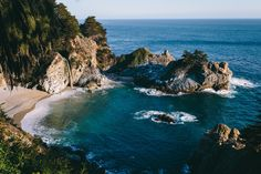 Golden Hour @ McWay Falls - null