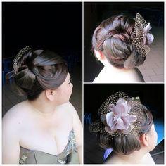 Hairdo for prewedding photography  Bride: Jessie ✨