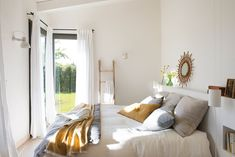 A charming rural house in Spain for Andrea and David to spend weekends with rest of the family. By Damian Ribas-Architecture. Grown Up Bedroom, Cosy Bedroom, Bedroom Decor, Rural House, Deco Boheme, Ideal Home, Home Accessories, Shabby Chic, Decoration