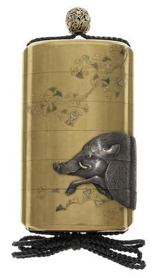 A fine large gold lacquer and inlaid-metal five-case inro By Juzan (Toshiyama), 19th century