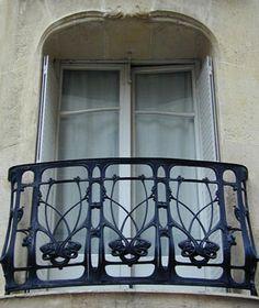 Hector Guimard (1867-1942) - Balcony Railing. Cast Iron. Rue Agar, Paris. Circa 1900.