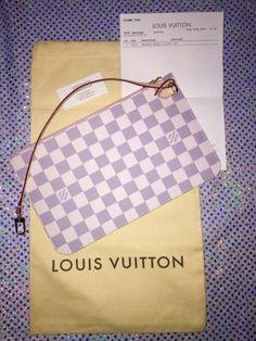 NEW Louis Vuitton Azur Rose Ballerine Pouch W…