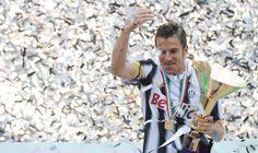 Arsenal, Spurs and QPR on alert as Italian legend Del Piero eyes Premier League move Football Is Life, Best Football Team, Football Soccer, Juventus Stadium, Juventus Fc, Football Stickers, Football Cards, Good Soccer Players, Football Players