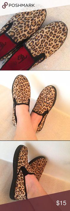 Cheetah espadrilles Super cute slip on shoes. Size 7 but fit 6,5/6 Shoes Espadrilles