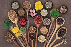 6 θεραπευτικά βότανα που αξίζει να καλλιεργείτε στη βεράντα ή τον κήπο σας via @enalaktikidrasi