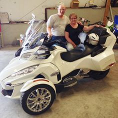 Awesome Can Am Spyder F3 2016