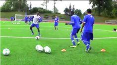 exercice de foot : passe et suit