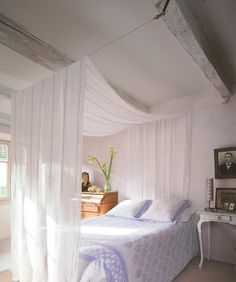 Love this because I can change it between canopy bed, & regular with my mood. I always wanted a canopy bed, and this is so cool!