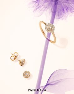 Inspired by the concentric centres of flowers, this refined ring and matching earrings from PANDORA's Spring collection 2016 feature delicate decreasing circles, outlined with glittering cubic zirconia stones set in 14k gold. For a classy look that personifies understated glamour and suits any occasion, these are the perfect pieces. #PANDORAring #PANDORAearrings