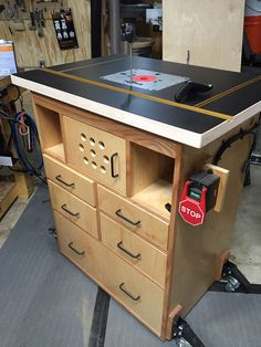 another router table. It has a Jessem Router Lift II, full extension drawer slides, Rockler workbench casters, Rockler Pro Fence and I am using a Bosch Diy Router Table, Router Table Plans, Workbench Plans Diy, Woodworking Bench Plans, Router Woodworking, Woodworking Workshop, Woodworking Projects Diy, Woodworking Furniture, Woodworking Shop