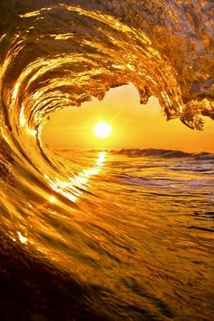 Waves With Sunset Yellow Aesthetic Pastel, Gold Aesthetic, Aesthetic Colors, Aesthetic Collage, Aesthetic Pictures, Aesthetic Drawings, Aesthetic Vintage, No Wave, Aesthetic Backgrounds
