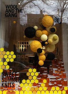 Anna Karlin - Wool and the Gang - window display Vitrine Design, Summer Knitting, Windows, Display, Wool, Projects, Anna, Villa, Architecture