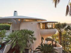 1970s modernism: John Covert Watson-designed property in Lakeway, Texas, USA