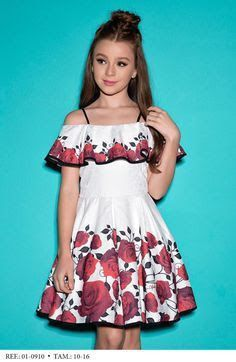 Lila Baby e Cia Moda Infantil Frocks For Girls, Little Girl Dresses, Girls Dresses, Summer Dresses, Lila Baby, Kids Party Wear, Dress Neck Designs, Girl Dress Patterns, Toddler Girl Style