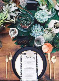 Delicious Outdoor Feast Wedding Inspiration - photo by Jen Wojcik Photography http://ruffledblog.com/delicious-outdoor-dinner-feast