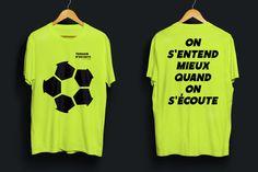 """Campagne de sensibilisation """"Terrain d'entente"""" menée avec le District de Football de Loire-Atlantique autour des incivilités autour des terrains. Terrains, Football, Studio, T Shirt, Tops, Women, Fashion, Awareness Campaign, Soccer"""