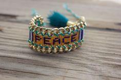 NEW: limited edition OOAK beautiful beadedloom peace by BonkIbiza #beadloom #friendshipbracelet #handmade #etsy #bonkibiza #ibiza #fashion #tassel #goldplatedchain #hippie #peace