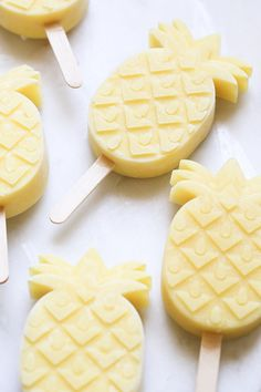 Pineapple Coconut Rum Popsicles, summer entertaining, popsicle recipe, pineapple popsicle recipe, spiked popsicle recipes.