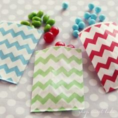 I'm thinking about ordering these small bags in light blue to use for my flatware holders. I think it would be nice against the burlap? Favor Bags, Treat Bags, Kangaroo Kids, Chevron Bags, Candy Shop, Small Bags, Birthday Parties, Burlap, Bridal Shower