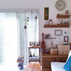 SAYOさんの、無印良品 壁に付けられる家具,NO GREEN NO LIFE,IKEAのフレーム,ギター,ウクレレ,多肉植物,サボテン,プラントハンガー,北欧雑貨,北欧インテリア,北欧,リビング,のお部屋写真