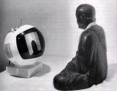 Nam June Paik - TV Buddha, 1974