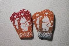 Exclusive hand-made children mittens with moomin pattern Mittens Pattern, Knit Mittens, Knitted Gloves, Mosaic Knitting, Diy Crochet And Knitting, Double Knitting Patterns, Cross Stitch Pattern Maker, Wrist Warmers, Moomin