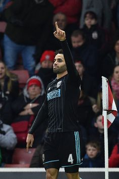West Bromwich Albion's English-born Welsh striker Hal Robson-Kanu  celebrates scoring his team's second goal during the English Premier League football match between Southampton and West Bromwich Albion at St Mary's Stadium in Southampton, southern England on December 31, 2016. / AFP / Glyn KIRK / RESTRICTED TO EDITORIAL USE. No use with unauthorized audio, video, data, fixture lists, club/league logos or 'live' services. Online in-match use limited to 75 images, no video emulation. No use…