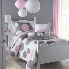 @Overstock.com - Big Believers Pink Parade 3-piece Full-size Comforter Set - This lavish white, gray, and pink three-piece, full-size comforter set will upgrade your little girl''s bedroom decor. A comfortable cotton-poly construction with two matching shams completes this adorable machine washable comforter set.  http://www.overstock.com/Bedding-Bath/Big-Believers-Pink-Parade-3-piece-Full-size-Comforter-Set/7212879/product.html?CID=214117 $74.99