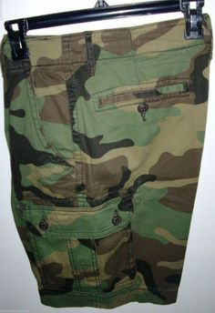 44130970 CAMO GREEN CARGO SHORTS CLASSIC FIT MEN`S SIZE: 31 BUTTON FLAPS HUNTING ARMY
