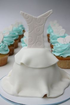bridal shower cupcakes lovely bridal shower cupcakes bridal shower tea wedding cupcakes