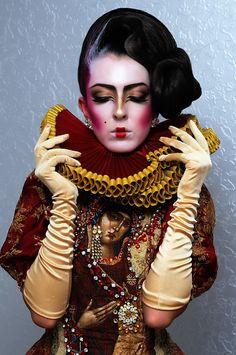 + Información sobre nuestro #CURSO: http://curso-maquillaje.es/msite-nude/index.php?PinCMO  04 AV-Oana Tiganila-Avangarda — Artistic Makeup.
