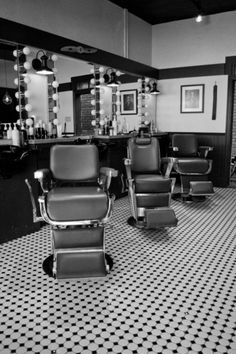 Montreal's Salon Léopold The look is a 1950's Barber Shop, however it's a salon that caters to both men & women!  martinefilion.ca
