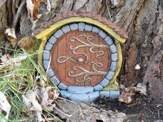 Brown Hobbit/ Fairy Door van HiddenWorlds op Etsy