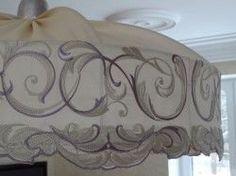Подвесной абажур с богатой вышивкой