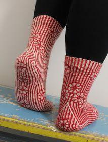 Ravelry: Call Them Cherry Blossoms pattern by Tiina Kuu ~ FREE pattern Knitted Slippers, Wool Socks, Knitting Socks, Free Knitting, Easy Knitting Patterns, Knitting Projects, Socks For Sale, Socks And Heels, Patterned Socks