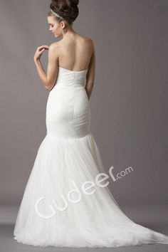 Soft Netting Mermaid Silhouette Strapless Shirred Skirt Wedding Dress